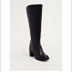 Torrid wide calf boots size 7